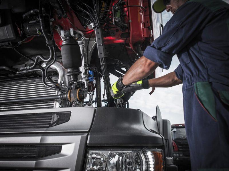 Jak zapobiegać powstawaniu awarii pojazdów?