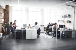 Odpowiadasz za organizację pracy w biurze? Dlaczego warto nawiązać współpracę ze sklepem papierniczym on-line?