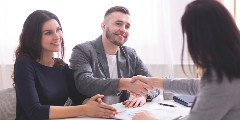 Ekspert kredytowy czy doradca kredytowy? Jak to jest?