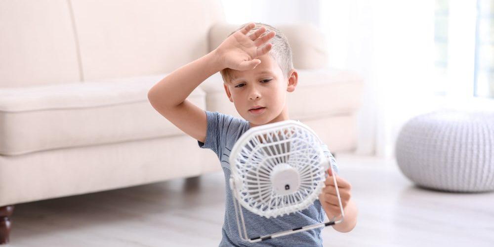 Jaki wentylator sprawdzi się w upalne lato? – poradnik